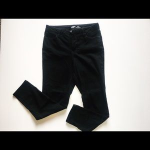 Black Old Navy skinny jeans
